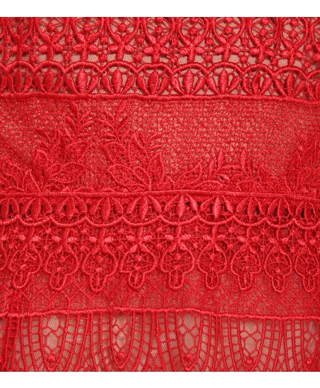 Cocktailkleid aus roter Spitze