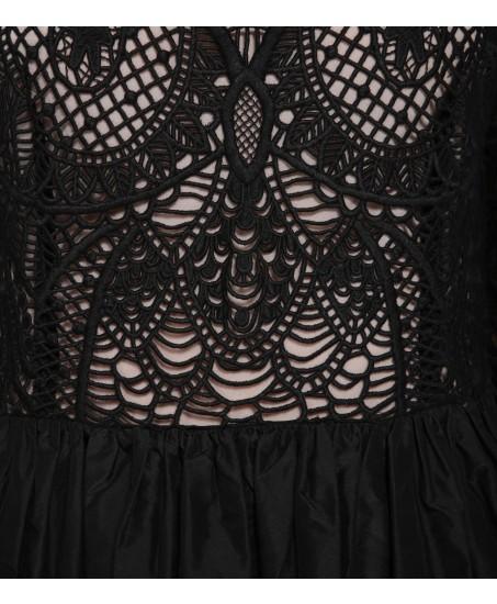 Minikleid mit Muster in Spitze