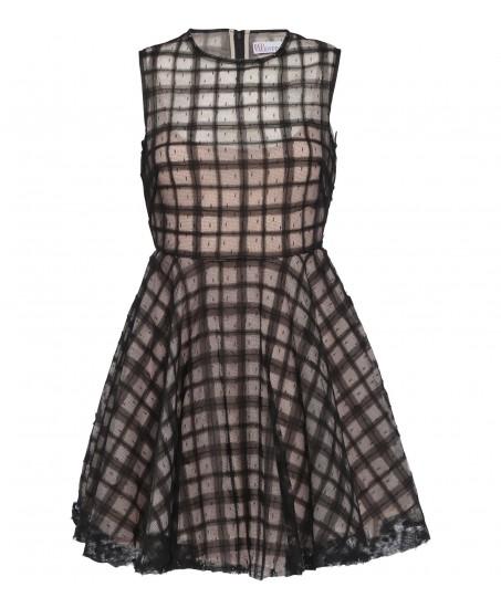 Ärmelloses Kleid aus Tüll