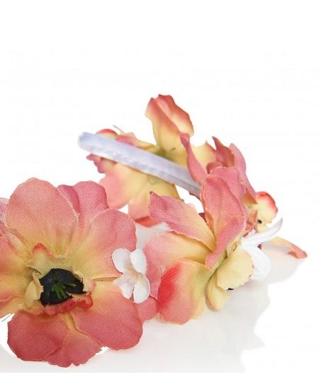 Haarkranz aus korallfarbenen Stoffblumen