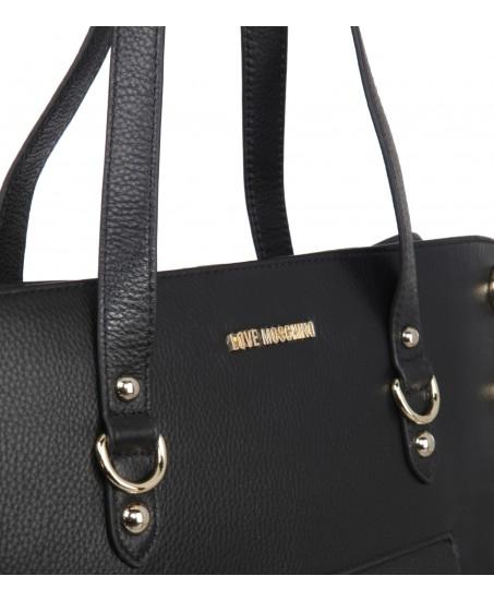 Handtasche mit runden Nieten
