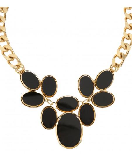 Goldene Gliederkette mit schwarzen Schmucksteinen