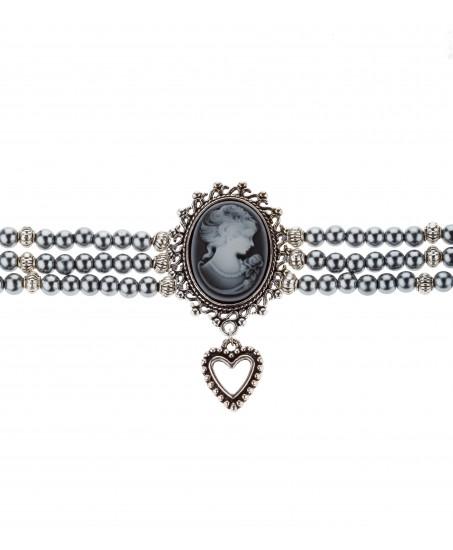 Perlen-Kropfkette mit Herzanhänger