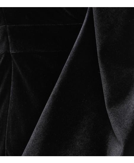 Jumpsuit aus Samt in Schwarz mit Cape