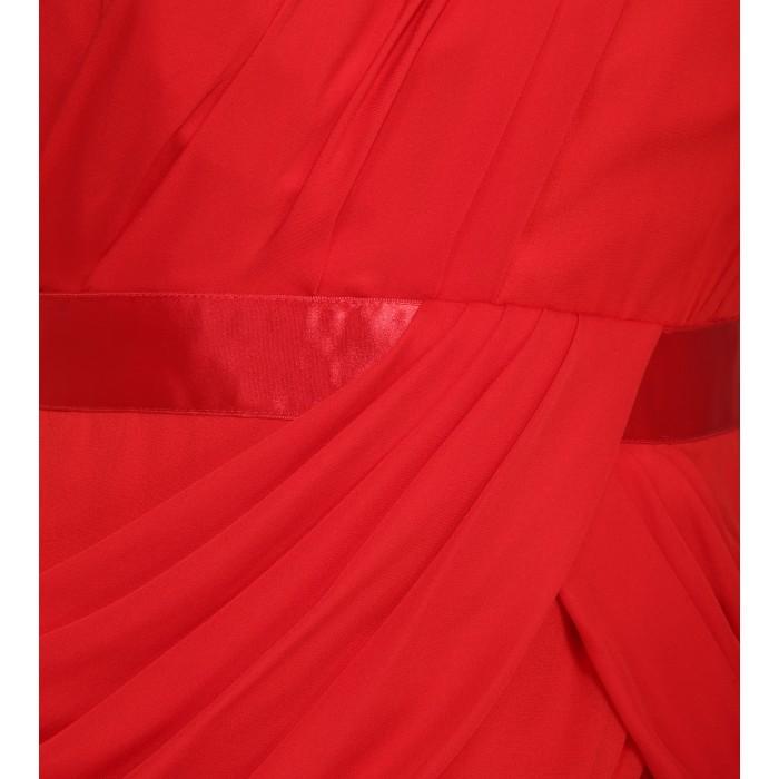 Rote asymmetrische Abendrobe mit Drapierung