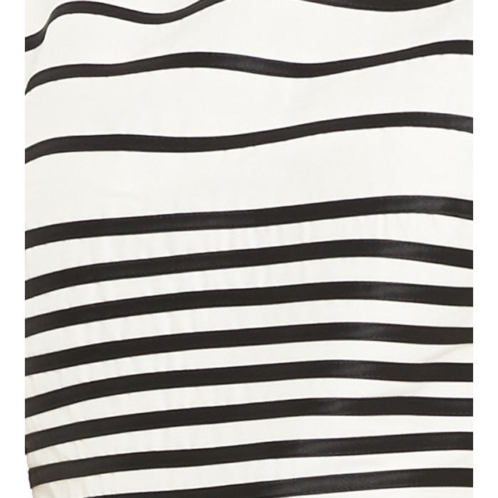 Weißes Cocktailkleid mit schwarzen Streifen