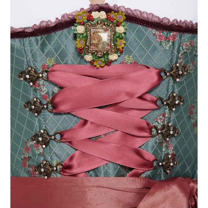 Dirndl in Türkis mit Ornamenten