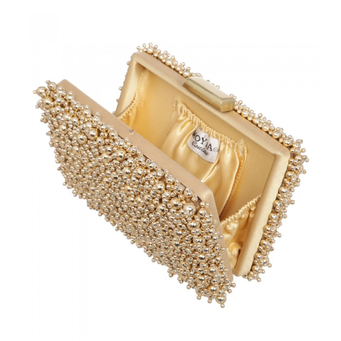 Bestickte Clutch aus Perlen