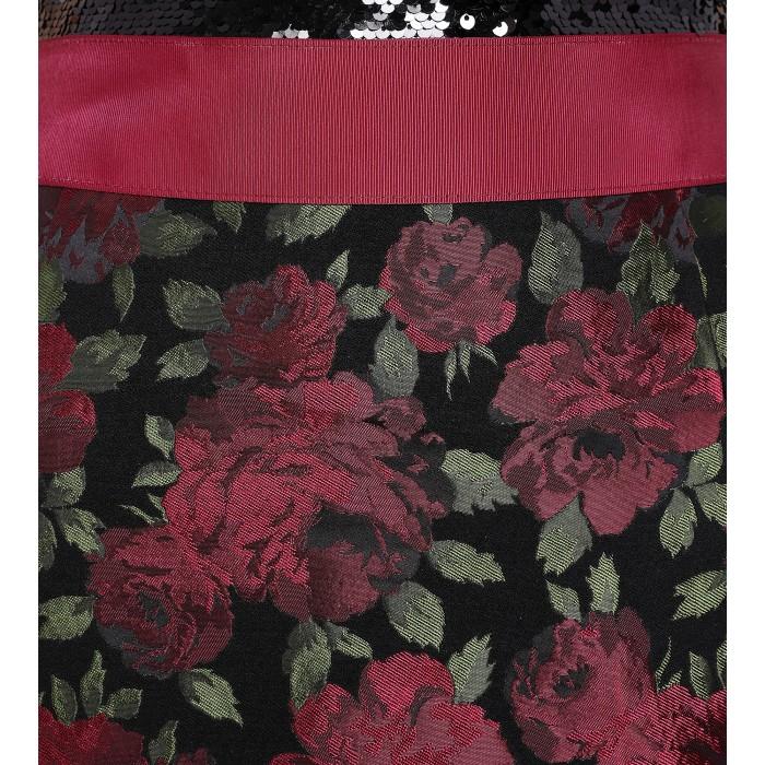 Robe mit kleiner Schleppe und Rosenprint