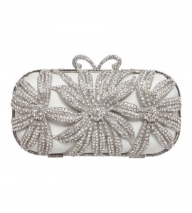 Verzierte Box-Clutch aus Satin