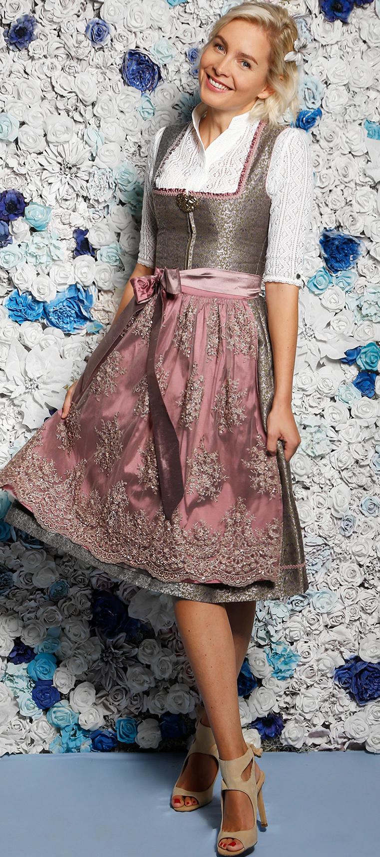 Dirndl Cecilia in Beere