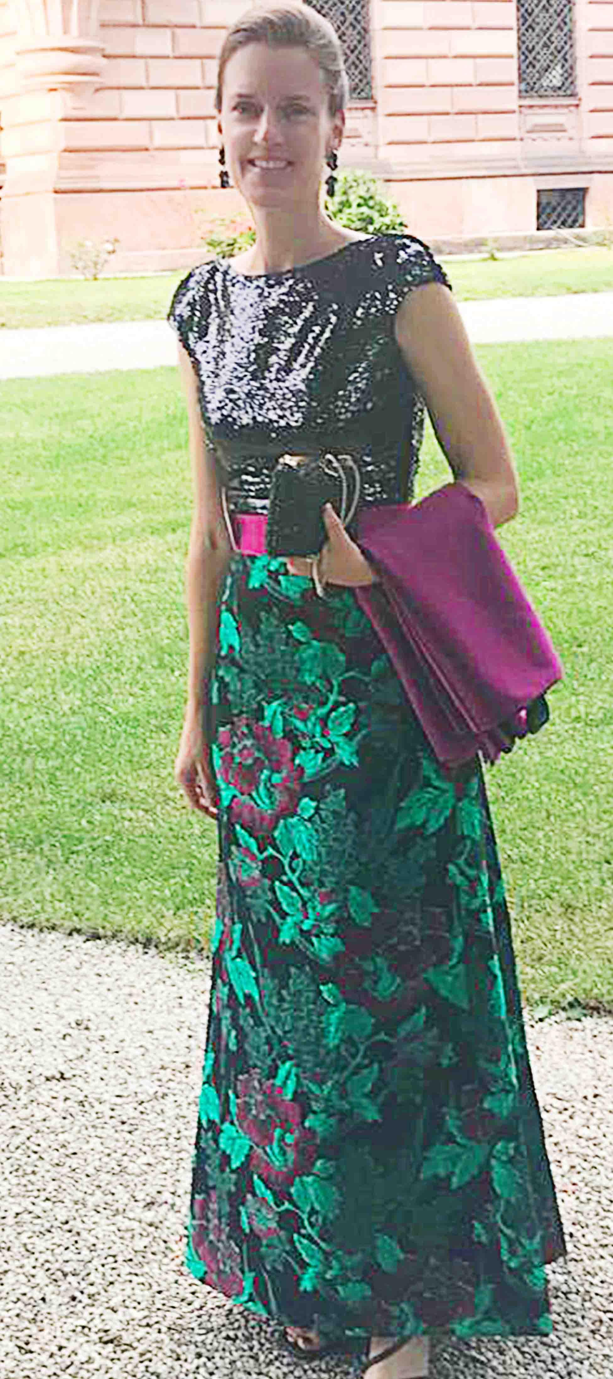 Constanze´s Kleid in Gruen-Pink