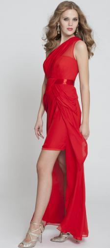 Pia´s rotes Abendkleid