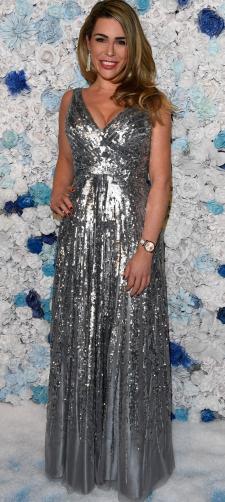 Miriam´s Kleid mit silbernen Pailletten
