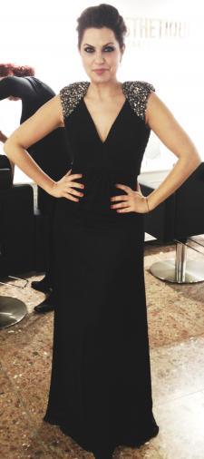 Sara's Abendkleid in Schwarz