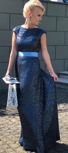 Antonia´s Kleid mit Schleife