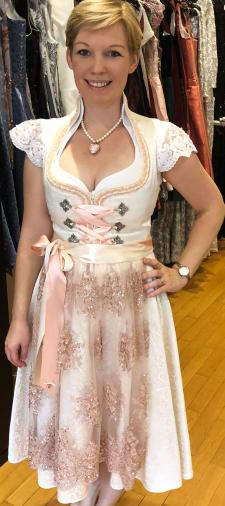 Syvie´s Brautdirndl