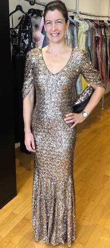 Stefanie´s Kleid in Gold-Braun