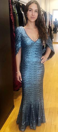Kenzie´s Kleid in Eisblau