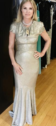 Susan´s goldenes Kleid