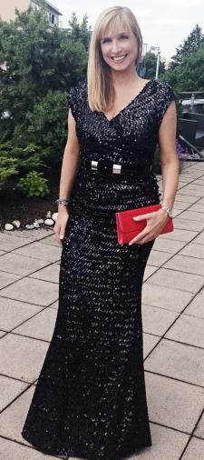 Bettina's Paillettenkleid in Schwarz