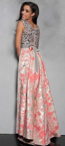 Nadine´s Kleid mit Schleife