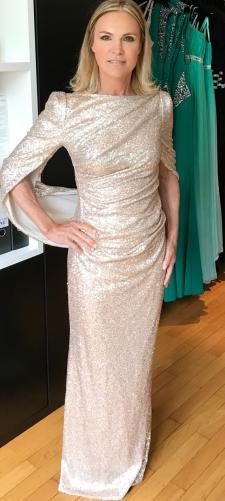 Susa´s Paillettenkleid in Gold