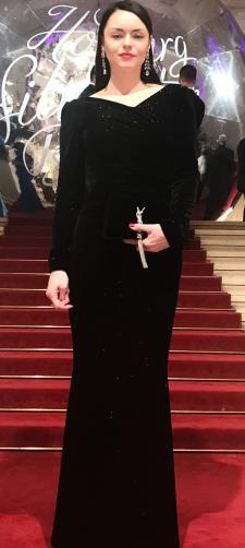 Irina´s Kleid in Schwarz mit Silber