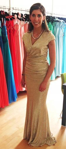 Anna-Darina´s langes Kleid in Gold